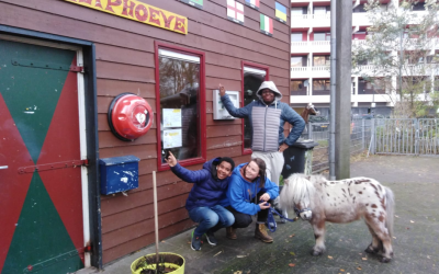 Hartstichting: Hartveiligere buurten in Amsterdam door AED's bij kinderboerderijen